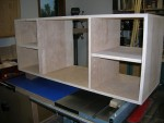 Center section of buffet with side shelves in place
